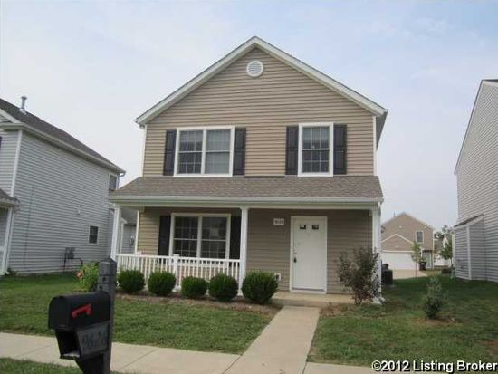 9626 River Trail Dr, Louisville, KY 40229
