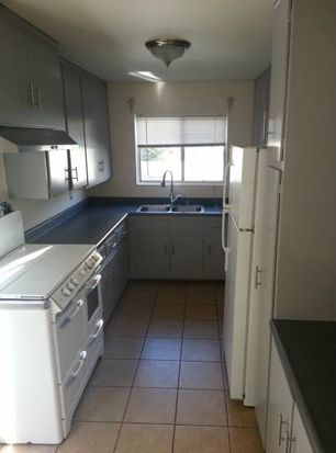 11841 Mayfield Ave APT 5, Los Angeles, CA 90049