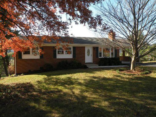 301 Orchard Dr, Daleville, VA 24083