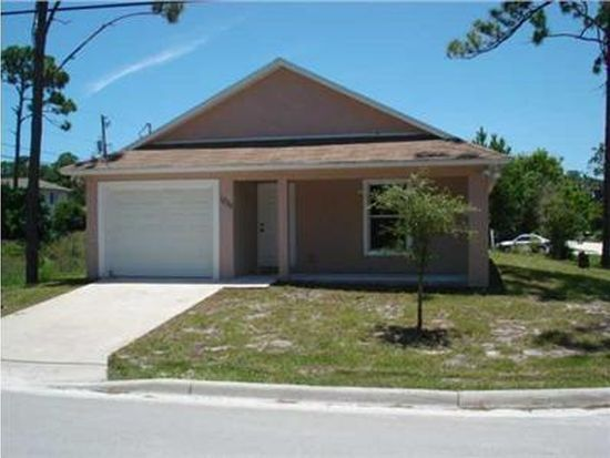 1235 11th St SW, Vero Beach, FL 32962