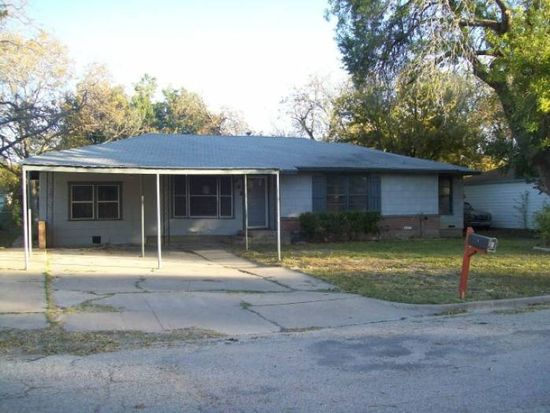 133 Meadowbrook St, Robinson, TX 76706