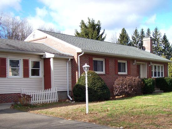 11 Dwight St, Hatfield, MA 01038