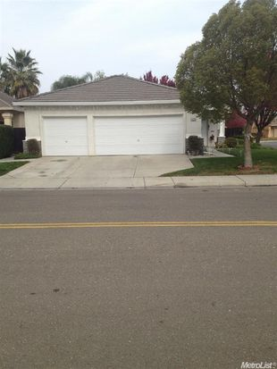 1233 Chaplin Ct, Tracy, CA 95376