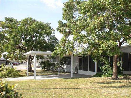 2802 Trinidad Way, Palmetto, FL 34221