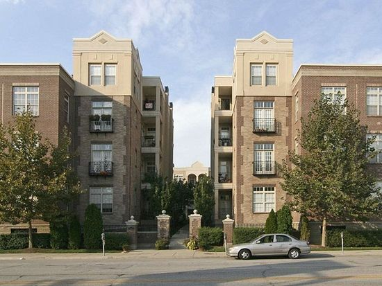 450 E Ohio St APT 222, Indianapolis, IN 46204