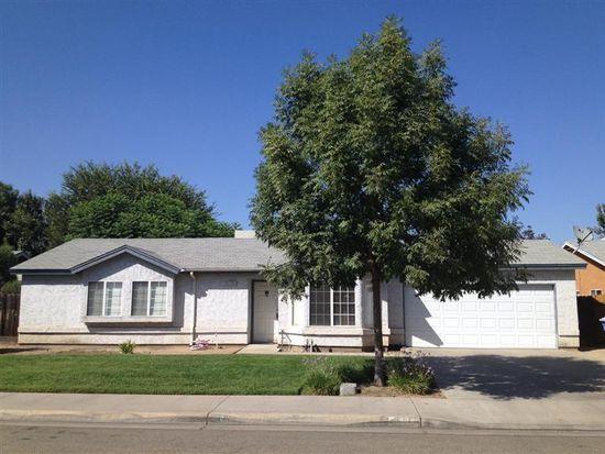 2392 Northview St, Selma, CA 93662