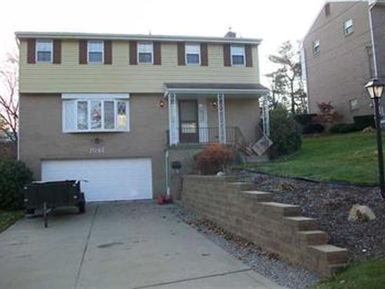 7067 Lawrence Dr, Bethel Park, PA 15102
