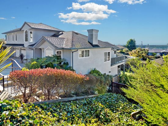 716 Clubhouse Dr, Aptos, CA 95003