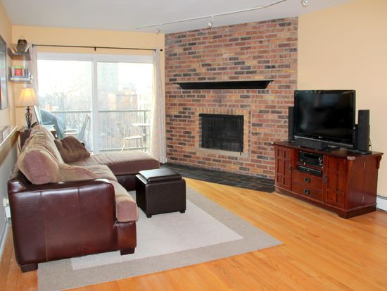 401 W Webster Ave APT 508, Chicago, IL 60614