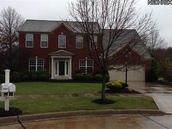 9155 Barnum Ct # 10, Olmsted Twp, OH 44138