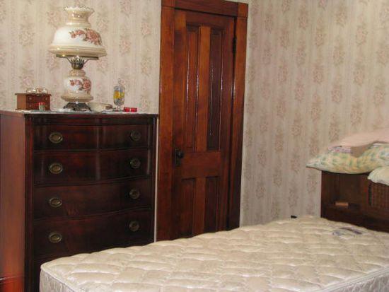 18725 Hank St, Meadville, PA 16335
