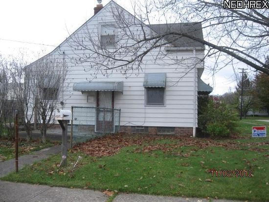 15114 Greenhill Rd, Cleveland, OH 44111