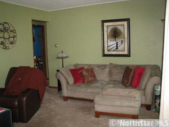 28 North Rd, Circle Pines, MN 55014