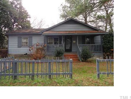 406 E Granville St, Dunn, NC 28334