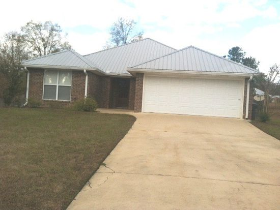153 Longwood Place Dr W, Hattiesburg, MS 39402