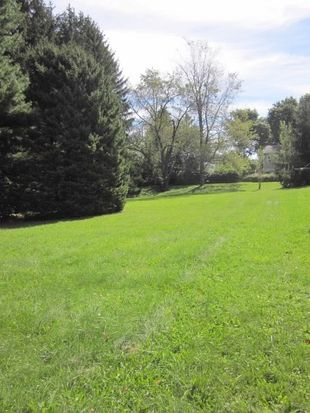 2390 Old Gatesburg Rd, State College, PA 16803