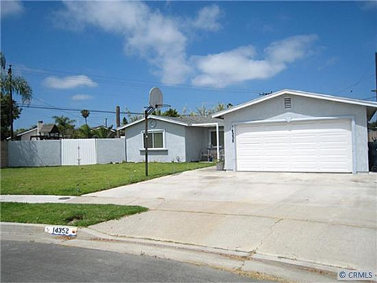 14352 Fairview Ln, Huntington Beach, CA 92647