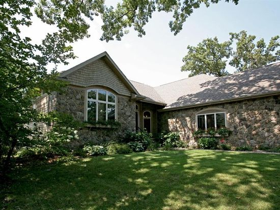 2117 Browns Bay Ave, Milford, IA 51351