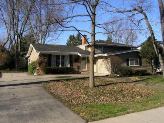 318 S Fairfield Ave, Lombard, IL 60148