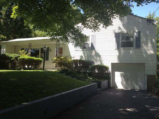 38 Hampton Rd, Poughkeepsie, NY 12603