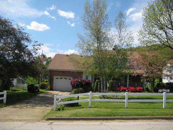 741 Blair St, Jeannette, PA 15644