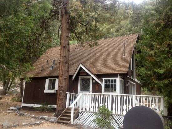 9410 Canyon Dr, Forest Falls, CA 92339