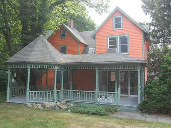 13 Hunt St, Norwalk, CT 06853