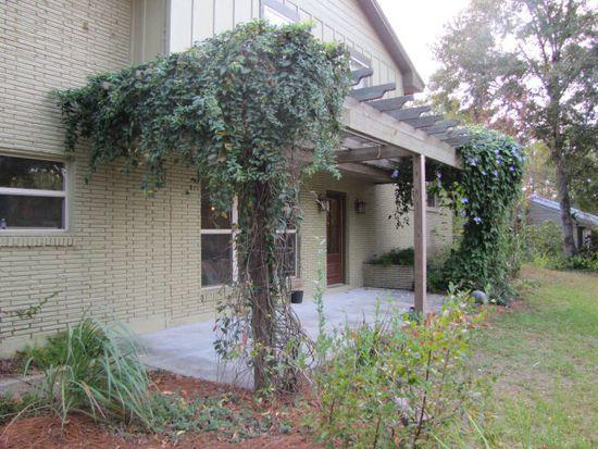 704 Maxwell Ave, Daphne, AL 36526