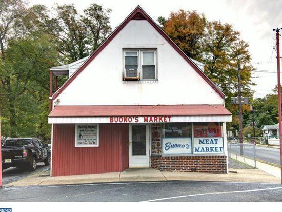 409 S Forklanding Rd, Maple Shade, NJ 08052
