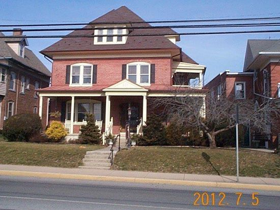 311 E Main St, New Holland, PA 17557