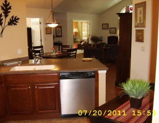 N70W15400 Amberleigh Cir, Menomonee Falls, WI 53051