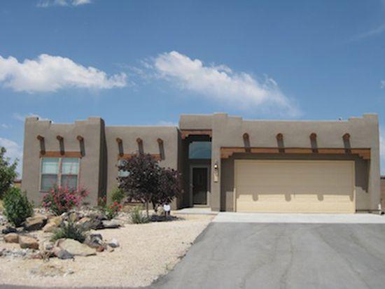 605 3rd St NE, Rio Rancho, NM 87124