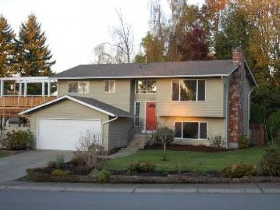 15220 72nd Ave NE, Kenmore, WA 98028