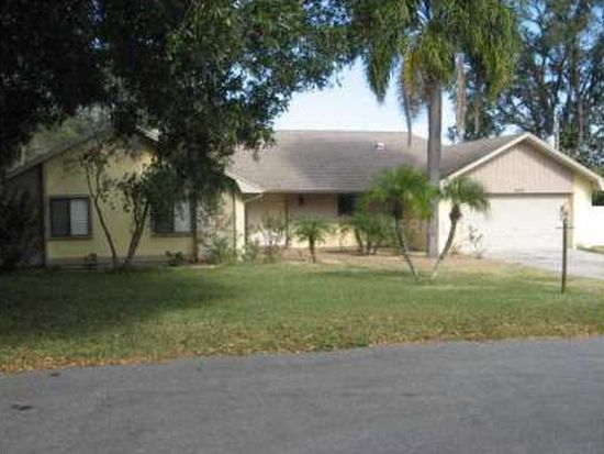 4551 Hillman Ln, Lakeland, FL 33813