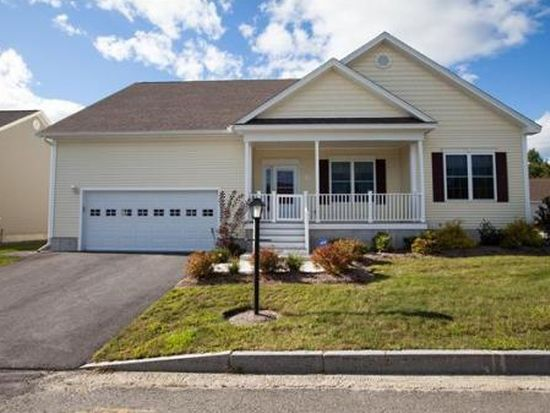 7 Pastor Dr, Londonderry, NH 03053