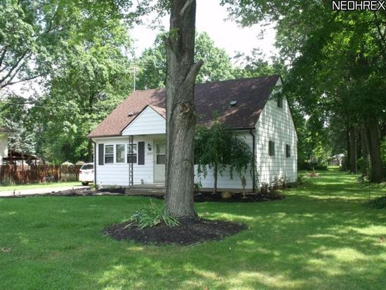 3933 Klein Ave, Stow, OH 44224