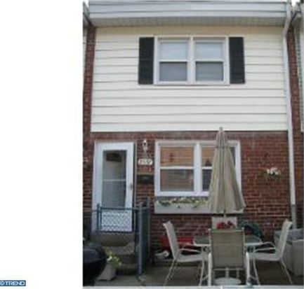 8537 Marsden St, Philadelphia, PA 19136