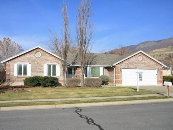 278 W 1800 N, Centerville, UT 84014