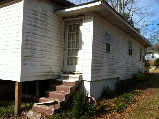 111 Russell Dr NW, Milledgeville, GA 31061