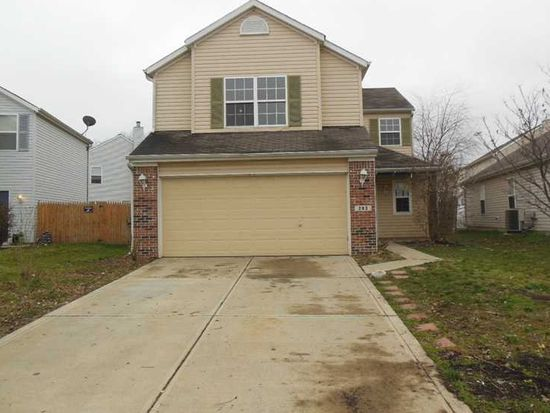 203 Village Green Dr, Indianapolis, IN 46227