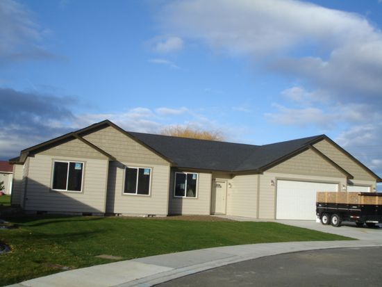 1703 Ironwood Ave, West Richland, WA 99353