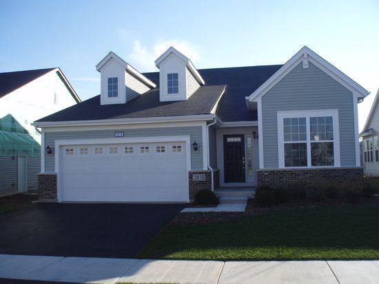 2924 Hillcrest Cir, Naperville, IL 60564