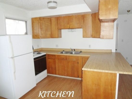 1615 Gillam Way APT 5, Fairbanks, AK 99701