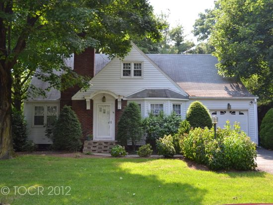 96 Ruth Ave, Hawthorne, NJ 07506