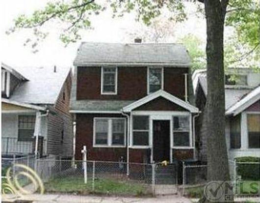 15829 Alden St, Detroit, MI 48238