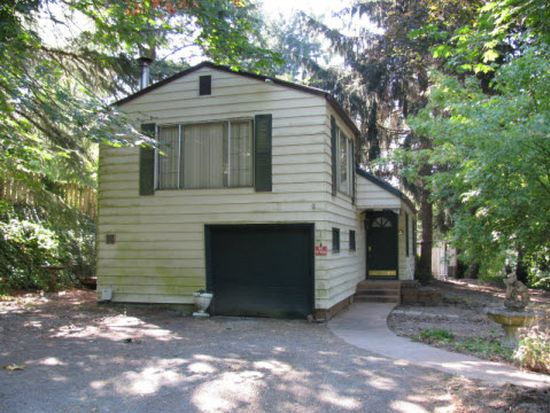 1022 SW Maplecrest Ct, Portland, OR 97219