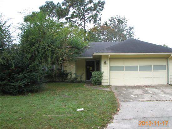 8456 Sand Point Dr E, Jacksonville, FL 32244