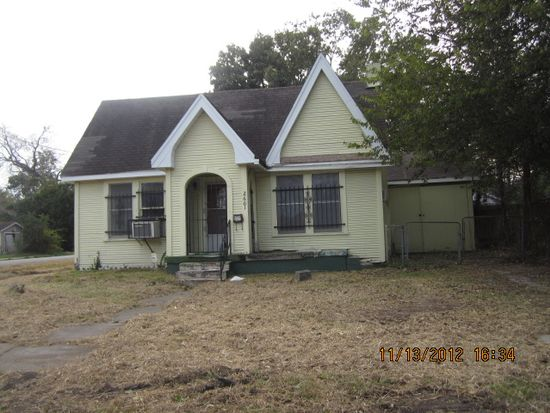 2601 Linson St, Beaumont, TX 77703