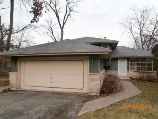 29W360 Pine Ave, West Chicago, IL 60185