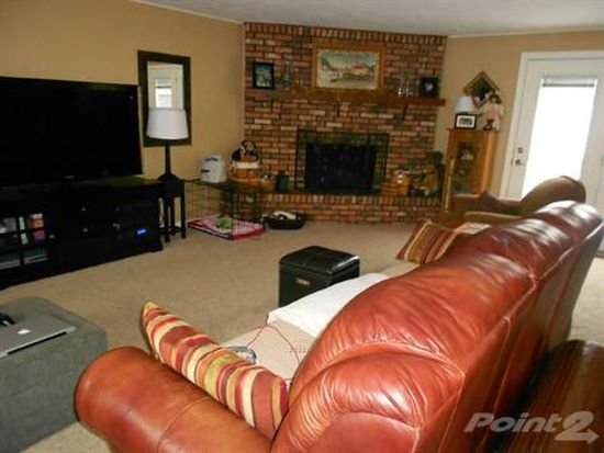1290 Maple St, Middletown, IN 47356